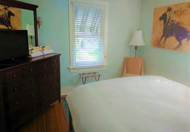 Blue Room Governor's Home